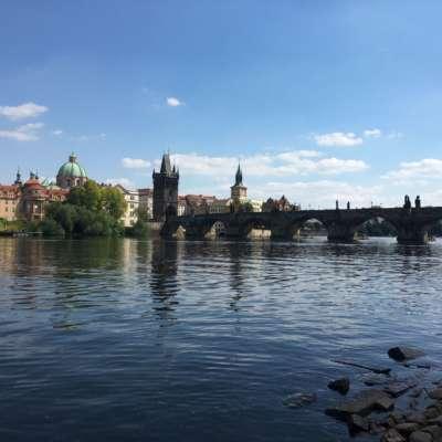 Prag nach der COVID-19-Pandemie – Herausforderungen und Chancen für die Mutter der Städte mit hundert Türmen